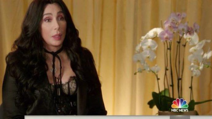 La cantante Cher admite que no puede aceptar el envejecimiento