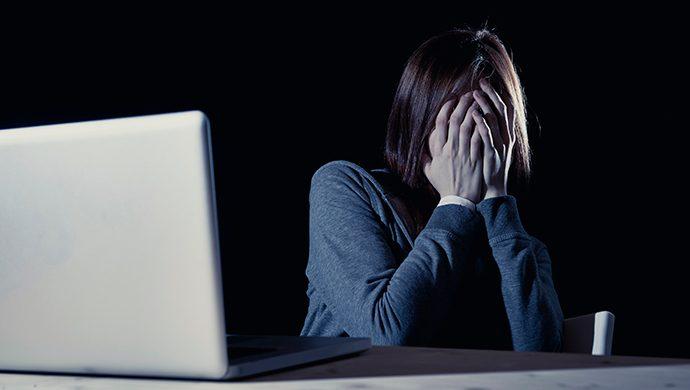 Las redes sociales pueden causar depresión en fin de año