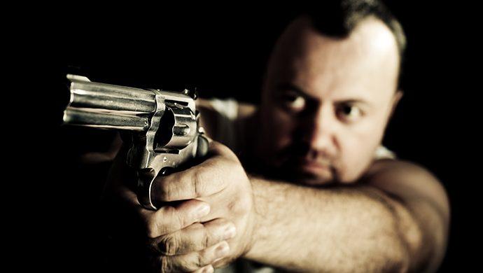 Un tirador cuenta que escuchaba voces que lo mandaban a matar