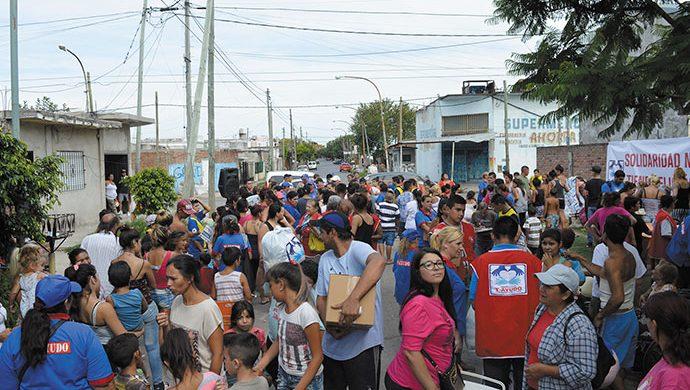 El Ceibo recibió a T-Ayudo con casi 3 toneladas de alimentos y 6450 prendas de ropa