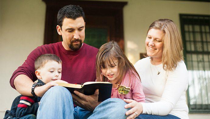 Lea la Biblia en 1 año – 98° día