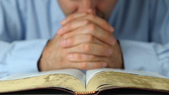 Lea la Biblia en 1 año – 107° día