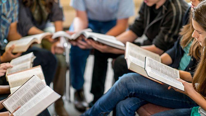 Lea la Biblia en 1 año – 128° día