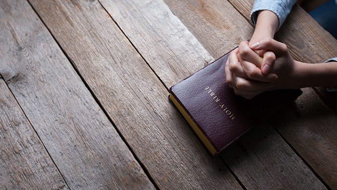 Lea la Biblia en 1 año – 144° día