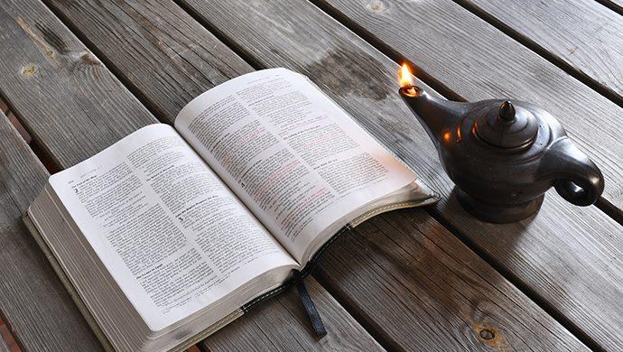 Lea la Biblia en 1 año – 123° día