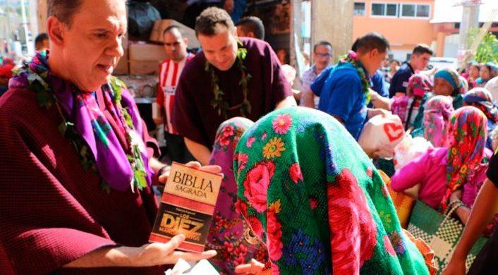 La Universal promueve una acción social en una comunidad indígena en México