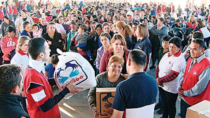 El T-Ayudo llegó a San Juan con casi 6 toneladas de alimentos y más de 9 mil prendas de ropa