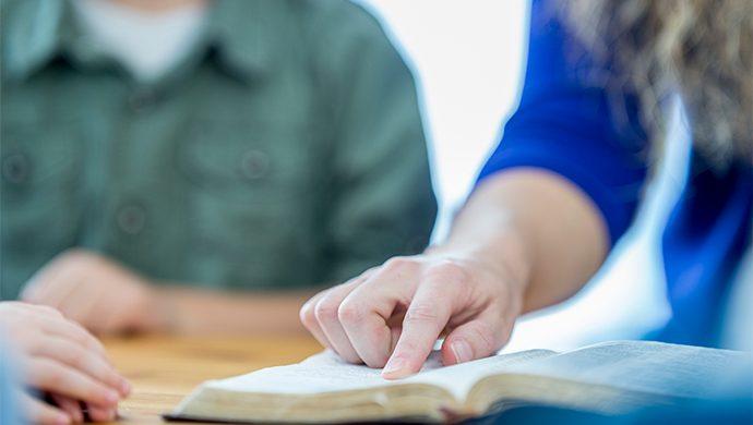 Lea la Biblia en 1 año – 232° día