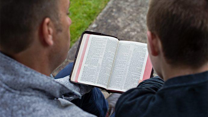 Lea la Biblia en 1 año – 290° día
