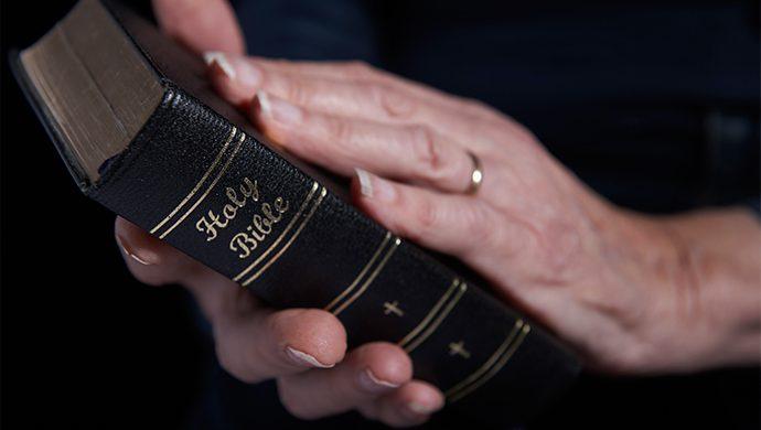 Lea la Biblia en 1 año – 360° día