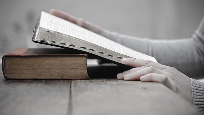 Lea la Biblia en 1 año – 364° día