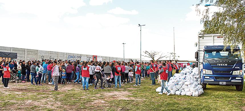 El barrio Independencia recibió más de 4 toneladas de alimentos