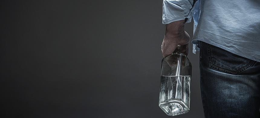 Alcohol: ¿Una nueva forma de enfrentar la insoportable realidad?
