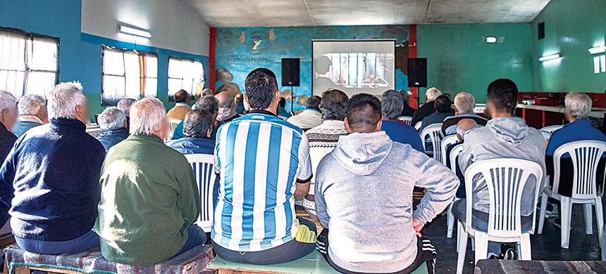 Cine solidario en la Unidad 26 de La Plata