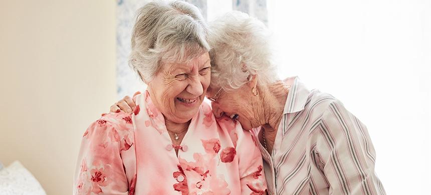 Acciones de proyecto social proporcionan bienestar a los ancianos