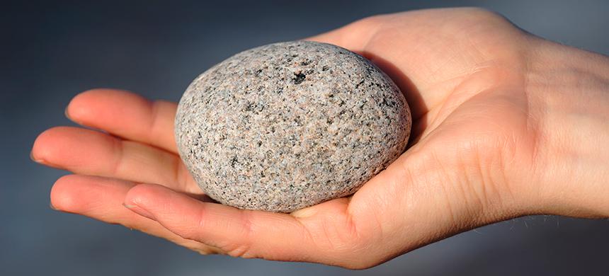 La primera piedra