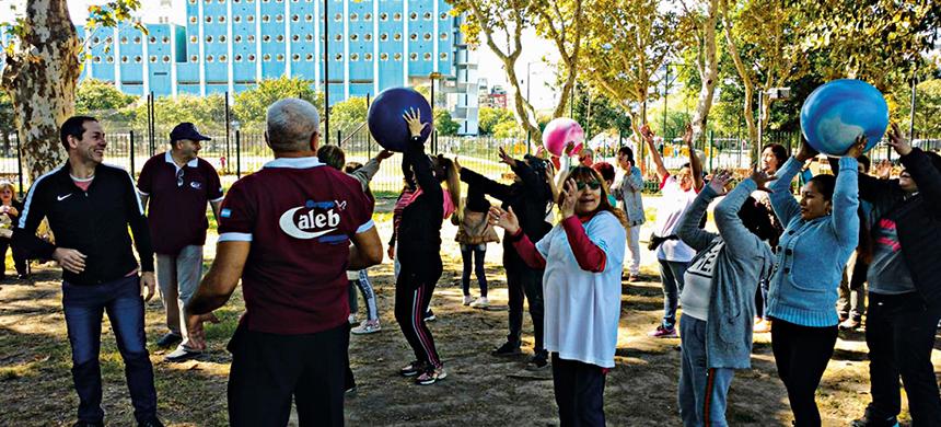 El Grupo Caleb organizó un pic-nic en Parque Centenario