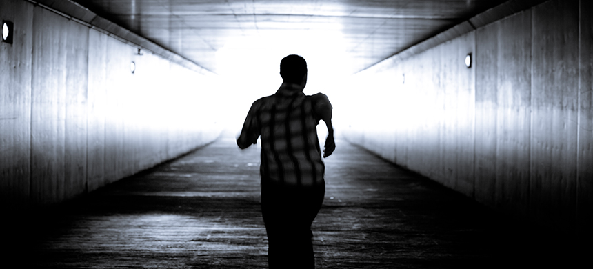 ¿Qué hace que un hombre huya de una mujer?