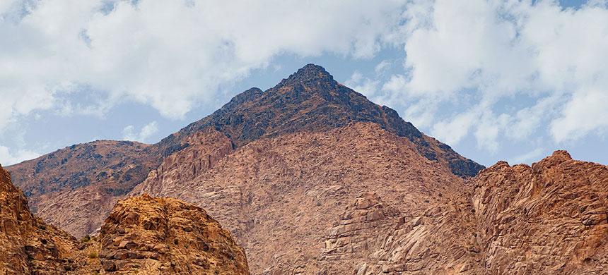 Hoguera Santa: El obispo Edir Macedo subirá al Monte Sinaí