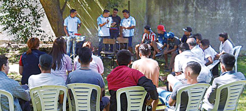Continúa la tarea solidaria en institutos de menores del país