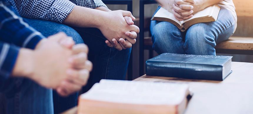 Descubra los secretos para un matrimonio feliz en estos dos mandamientos