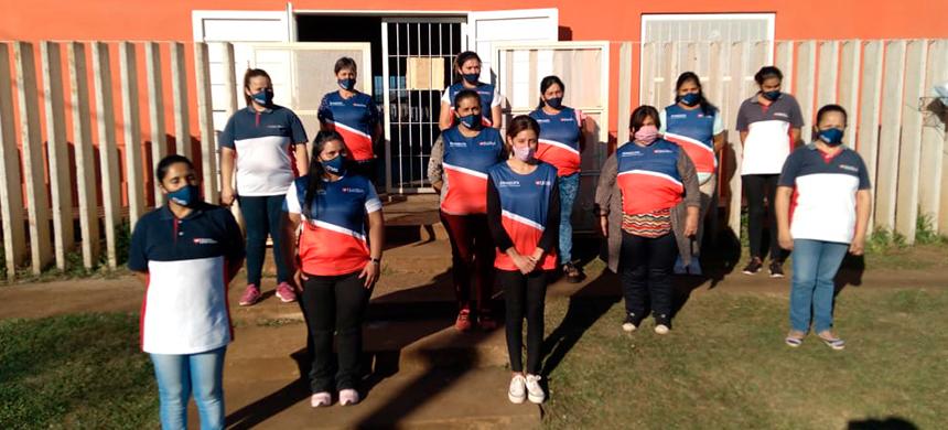 Los voluntarios de la EVG de Posadas llevan el mensaje de la Salvación a los habitantes de la zona