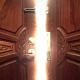 ¡Ábrale la puerta!